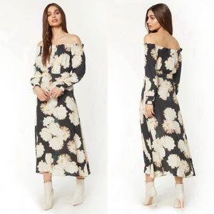 Flynn Skye Violet Midi Dress Small Daisy Floral